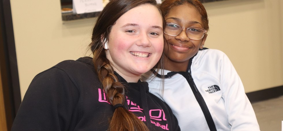Two PRMS students at a PTA event